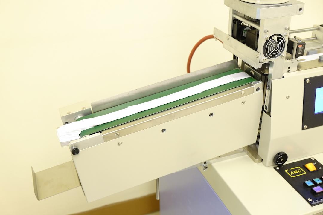 Alc-108hb Belt High Speed Ultrasonic Label Cutter Machine