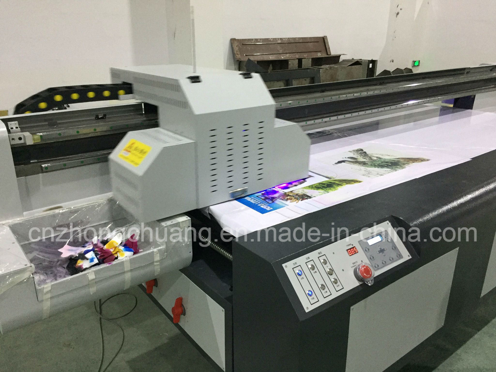 Industrial Wide Format UV Flatbed Printer