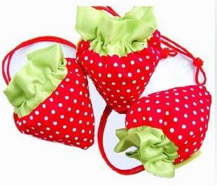 Strawberry-Shaped Foldable Shopping Bag / Nylon Bag / Carrier Bag / Tote Bag / Promotion Bag