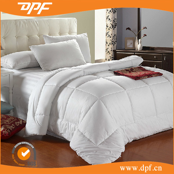 New Designed Down Alternative Hotel Comforter (DPF201534)