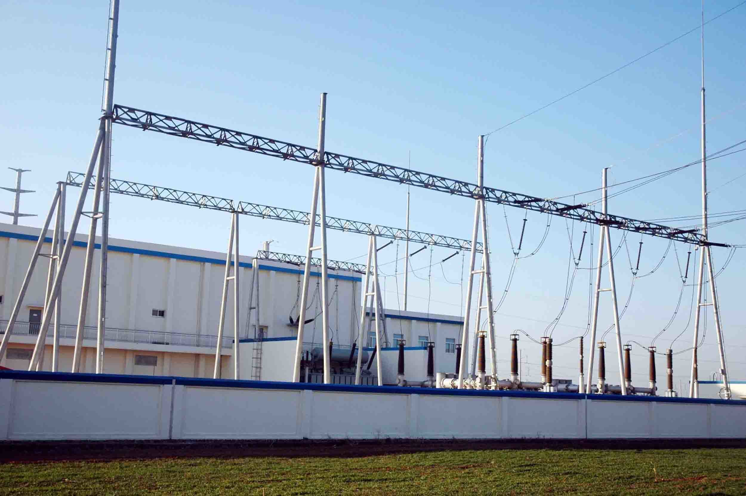 220kv substation What is the rating of ht substation and lt substation allinterviewcom then converted in ac afterwords ac is stepen down to 220kv to.