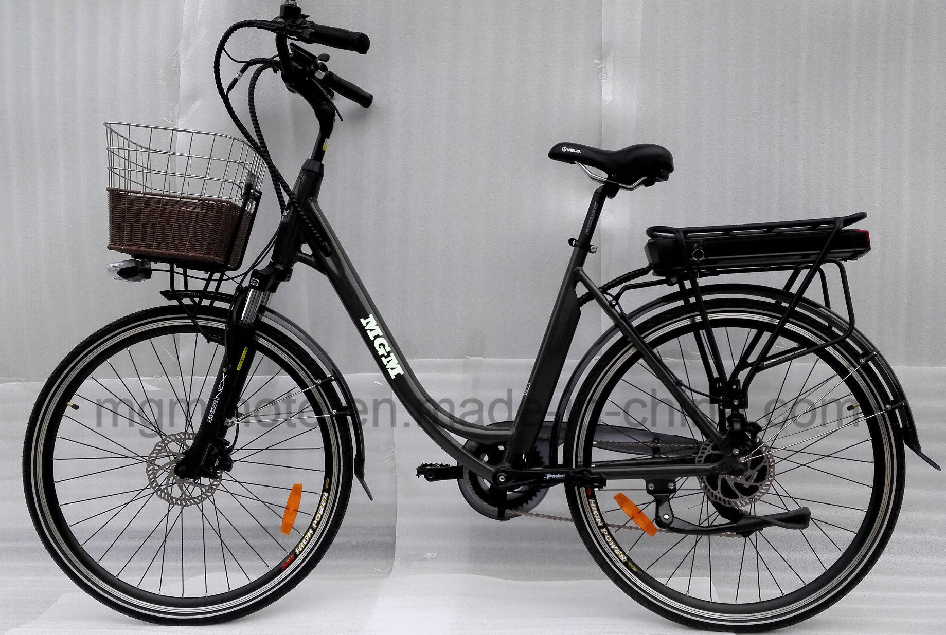 700c--28inch City Electric Bike with Big Battery