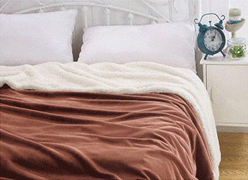 Winter Blanket Sr-B170212-54 Solid Flannel with Sherpa Blanket