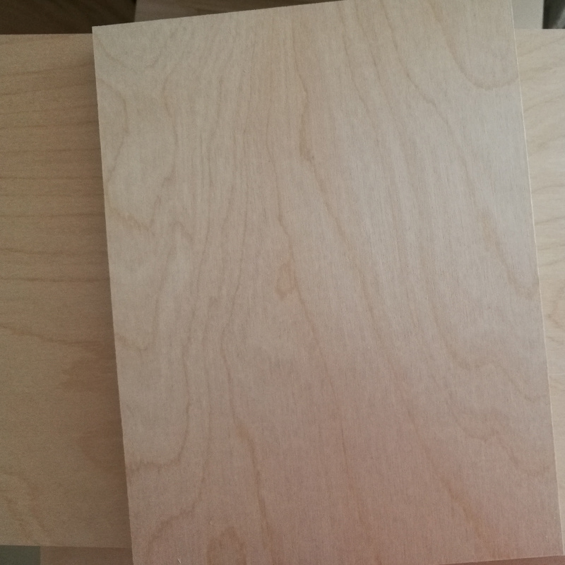 White Birch Plywood Poplar Core Plywood C/D Grade Carb2 Glue