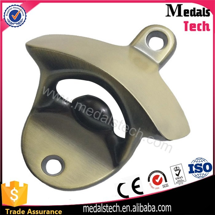 Zinc Alloy Die Casting 3D Logo Wall Bottle Opener with Screws