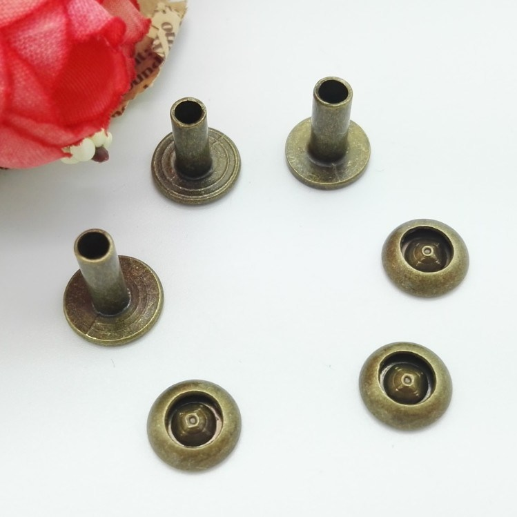 Customized High Quality Stainless Steel Rivets
