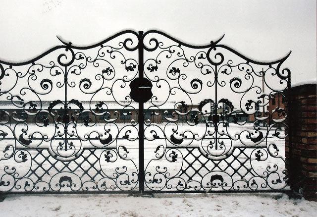 Wrought-Iron-Door-03