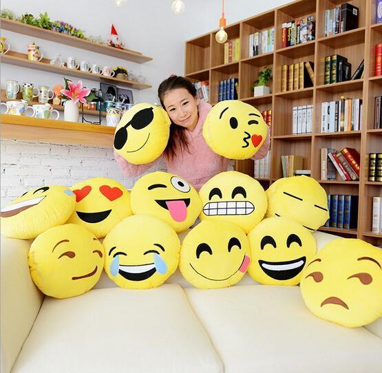 2016 Hot Popular Face Pillows