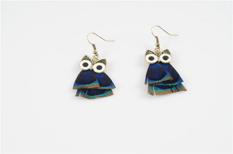 Feather Fashion Owl Earring