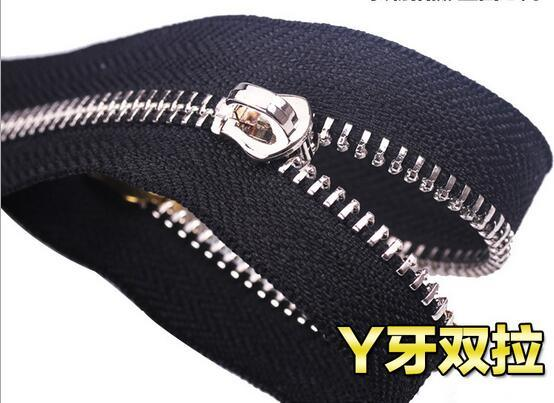 Good Quality Y Teeth Metal Zipper for Wholesale