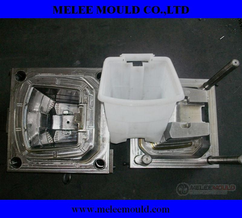 Plastic Dust Bin Mould Maker (MELEE MOULD-351)