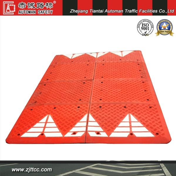 6′ X 7′ Rubber Speed Cushion with White Chevron Striping (CC-B68)