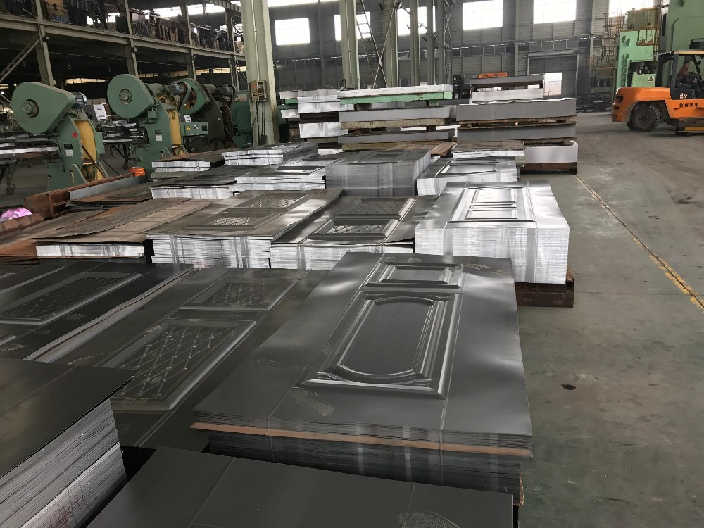 Popular in Steel Market Stamped Steel Door Skin
