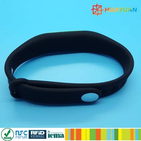 HUAYUAN Waterproof NTAG213 Silicone RFID Wristband for Waterpark