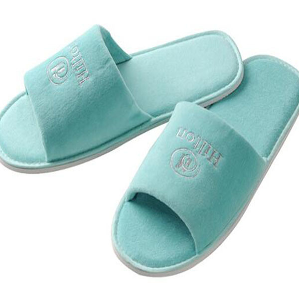 Luxury Slippers for 5 Star Hotel with Logo Embroidery (DPF10329)