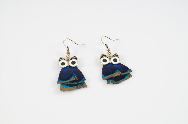 Feather Fashion Owl Earring