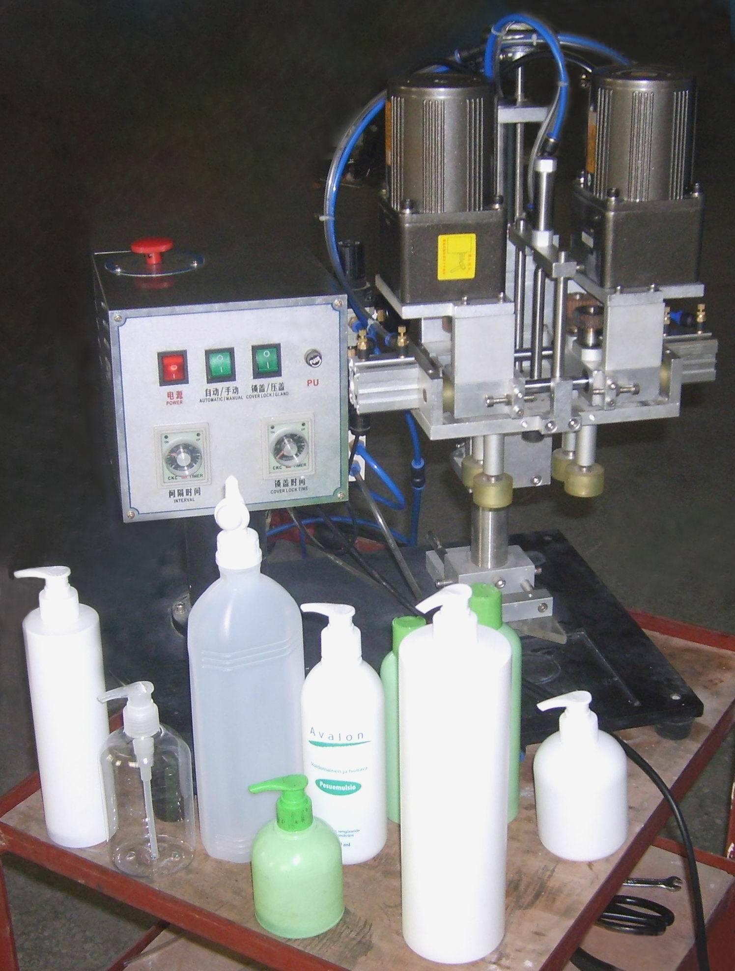 Semiauto bottles caps fastener for plastic cap
