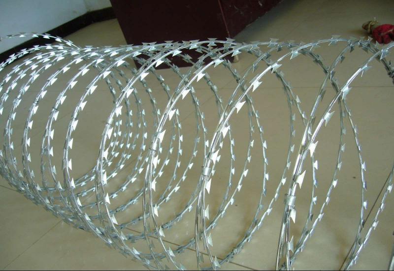 Grade Razor Barbed Wire Mesh Fence