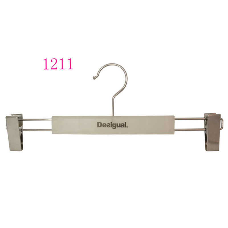 14 Inch Skirt Hanger with Metal Clips