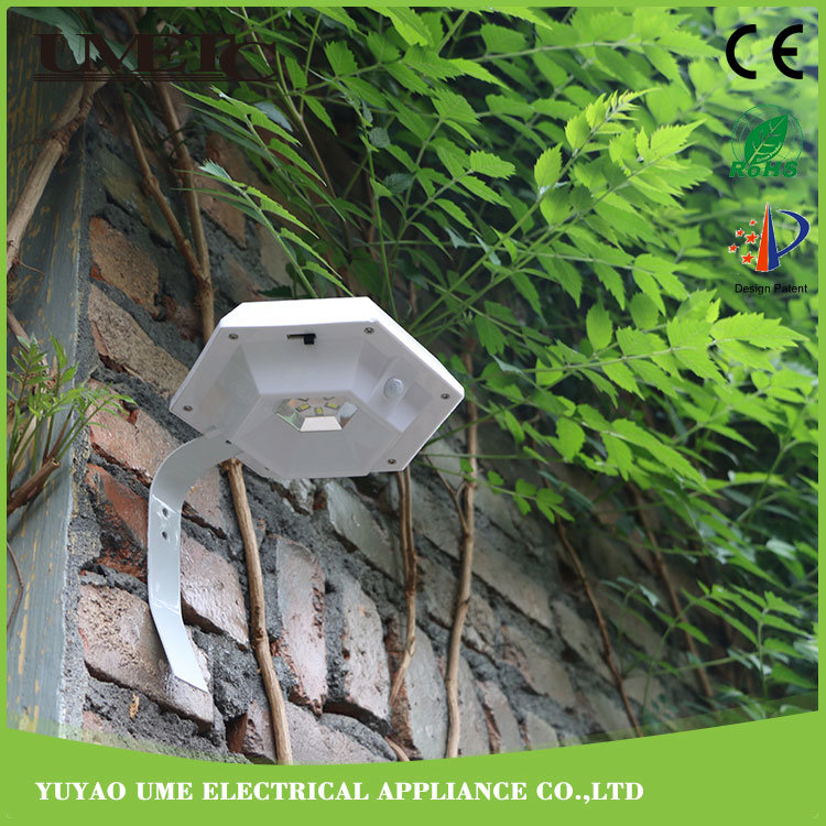 Outdoor Solar LED Plastic Garden Park Wall Sensor Light