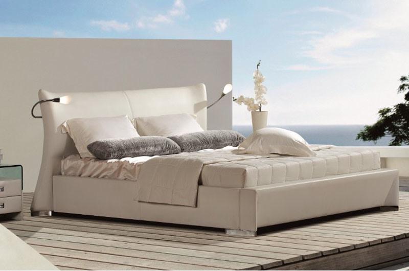 New Elegant Design Modern Genuine Leather Bed (HC1081) for Bedroom