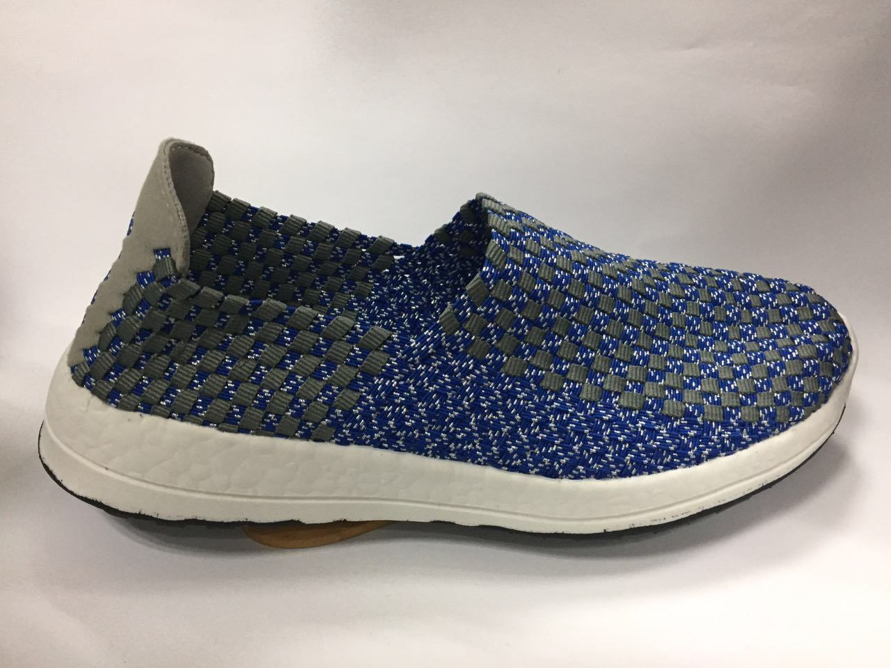 2017 New Made Woven Shoes for Man