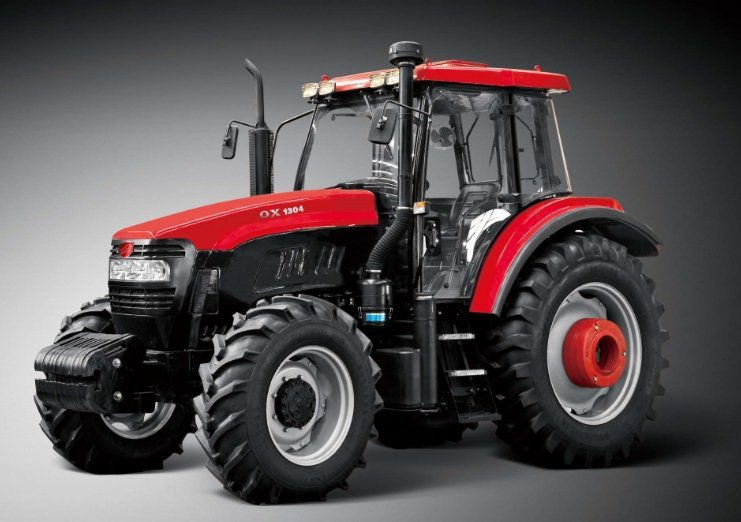 New Wheel 130HP Tractor with Diesel Engine of Four Wheel Driving of Kubota Type (OX1304)