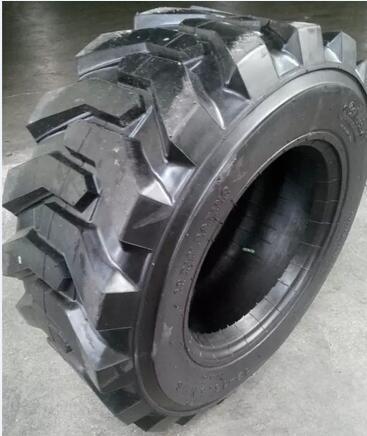 10-16.5 12-16.5 14-17.5 15-19.5 Skid Steer Loader Tire, Bobcat Tire