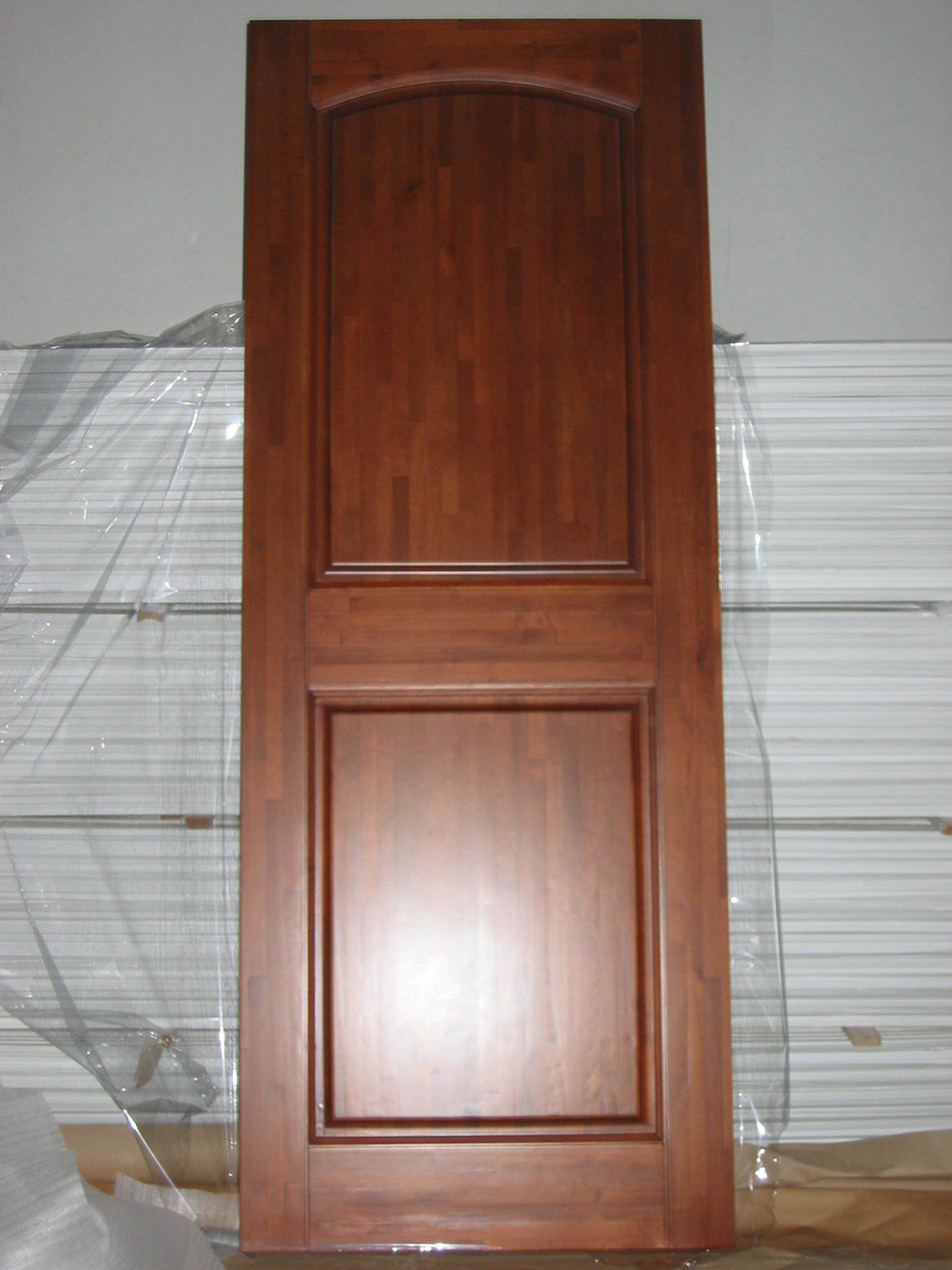 China 2 panel finger joint solid wood door d 012 china for Solid wood interior doors