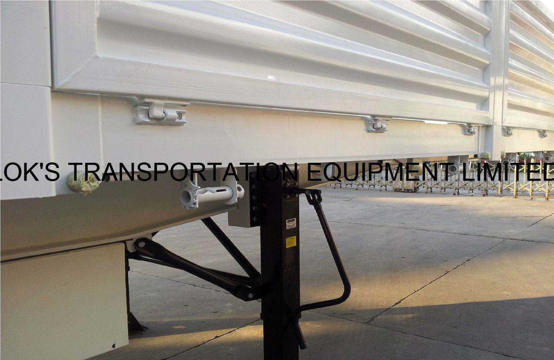 40 Feet Tri Axle Drop Side Semi Trailer