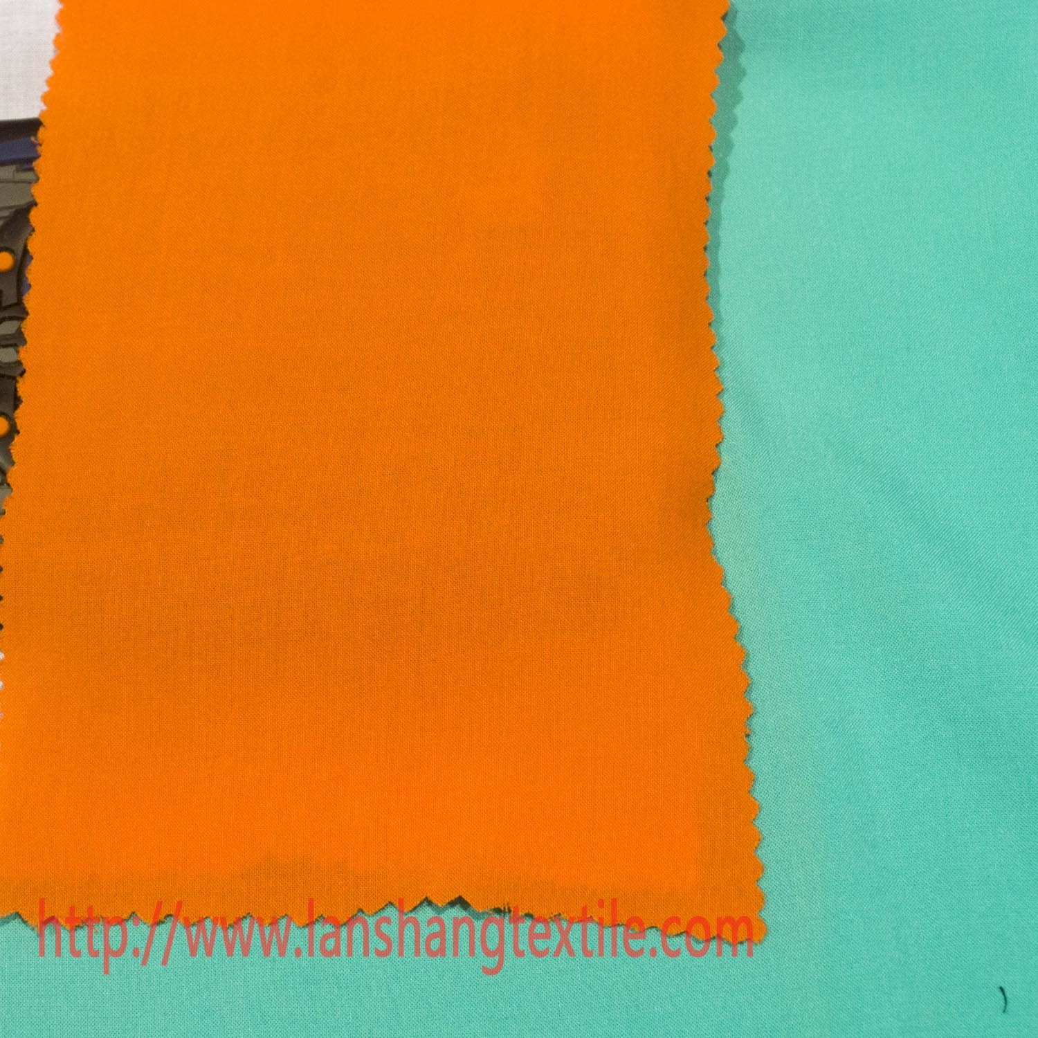 Rayon Fabric Plain Fabric Chemical Fabric Dyed Fabric for Garment