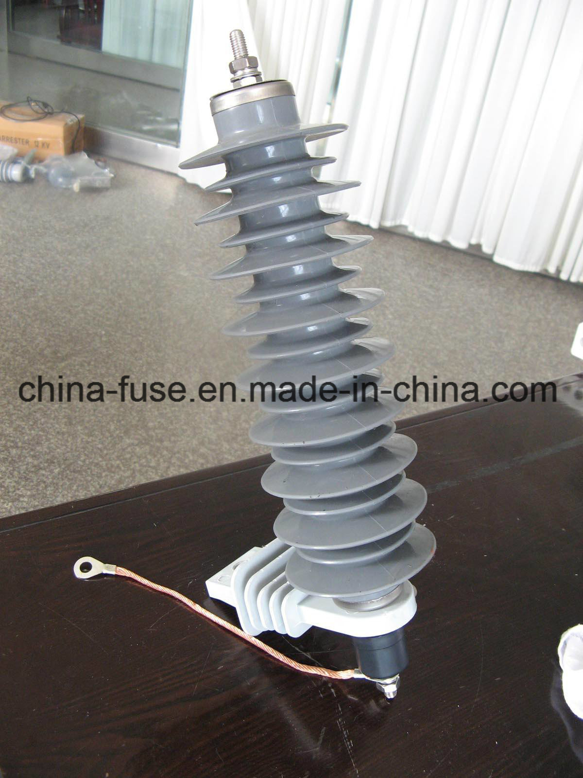 Polymeric Housed Metal-Oxide Surge Arrester Without Gaps (YH10W-30)