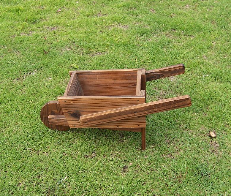 Unique Design Hand Push Planter Used for Garden Decoration