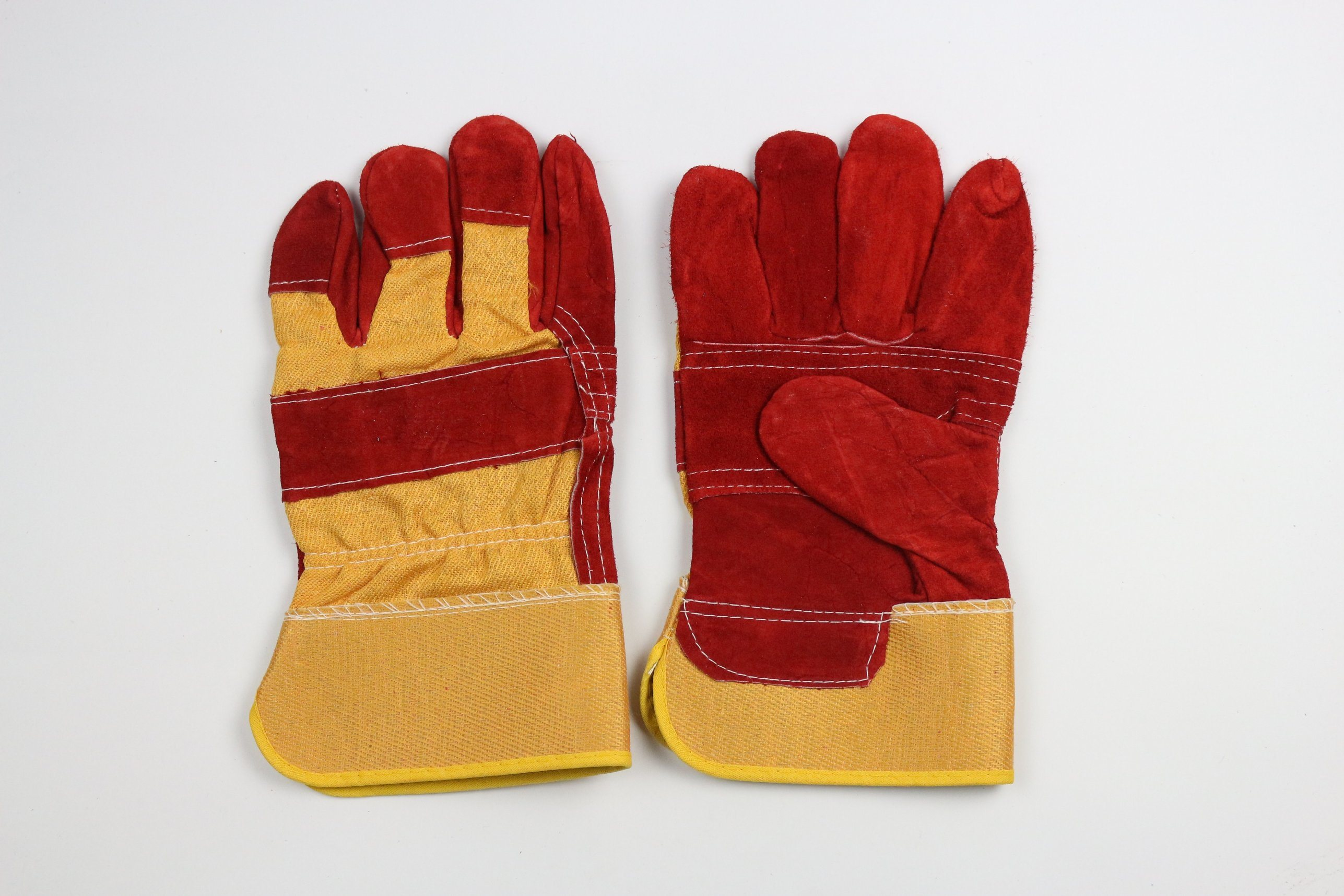 Red Color Cheap Work Gloves Welding Gloves