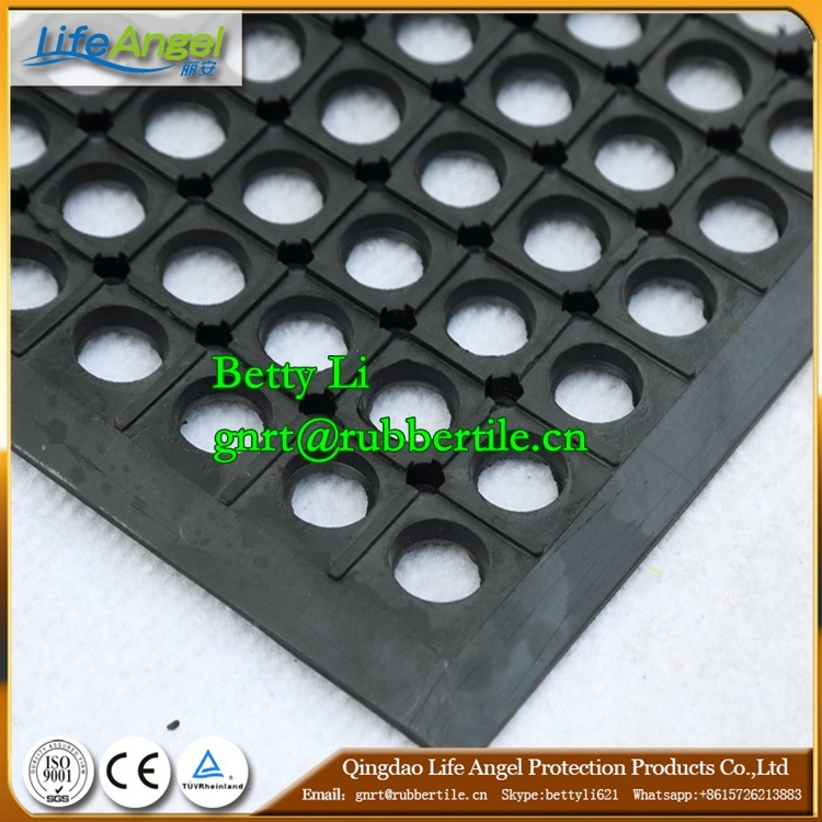 Heavy Duty Drainage Oil Resistance Round Hole Rubber Floor Mat