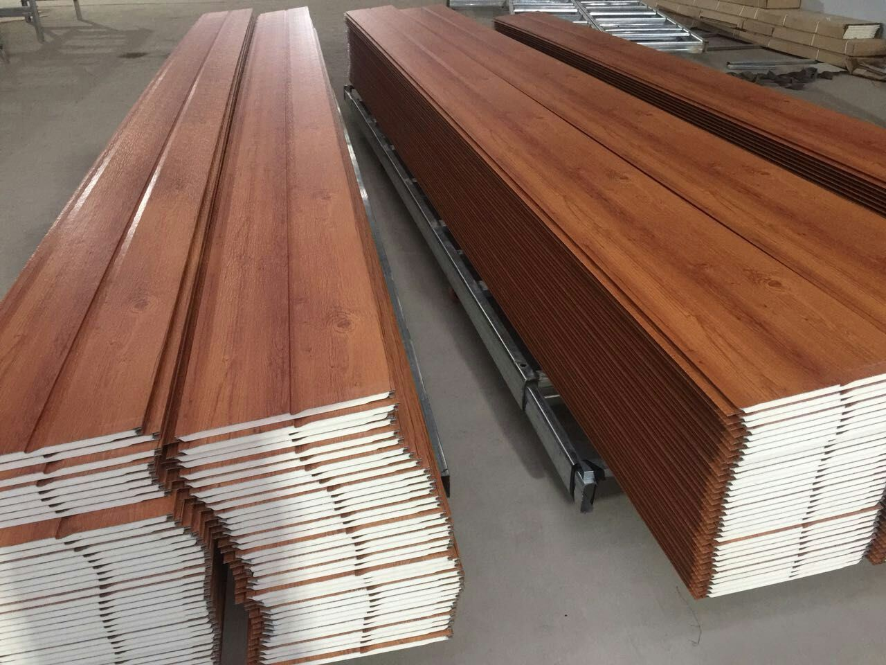 Lightweight Wall Panel for Prefab House and Steel Structure Building