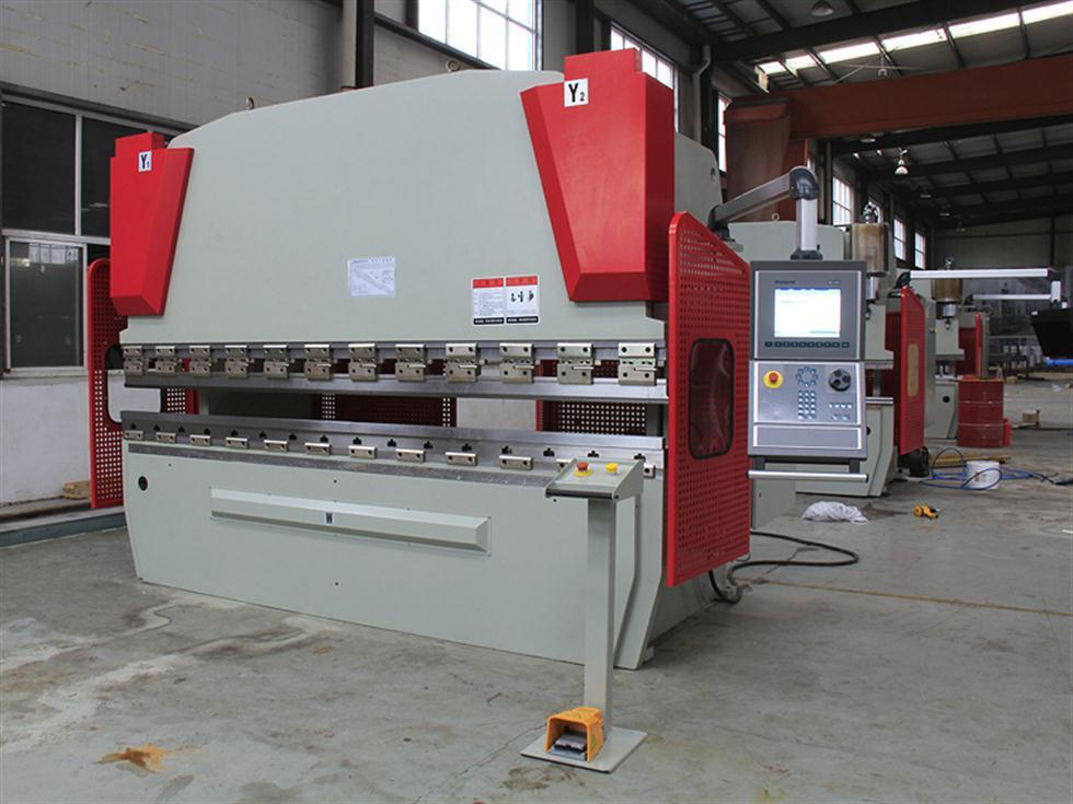 CNC Press Brake with Da66we in China