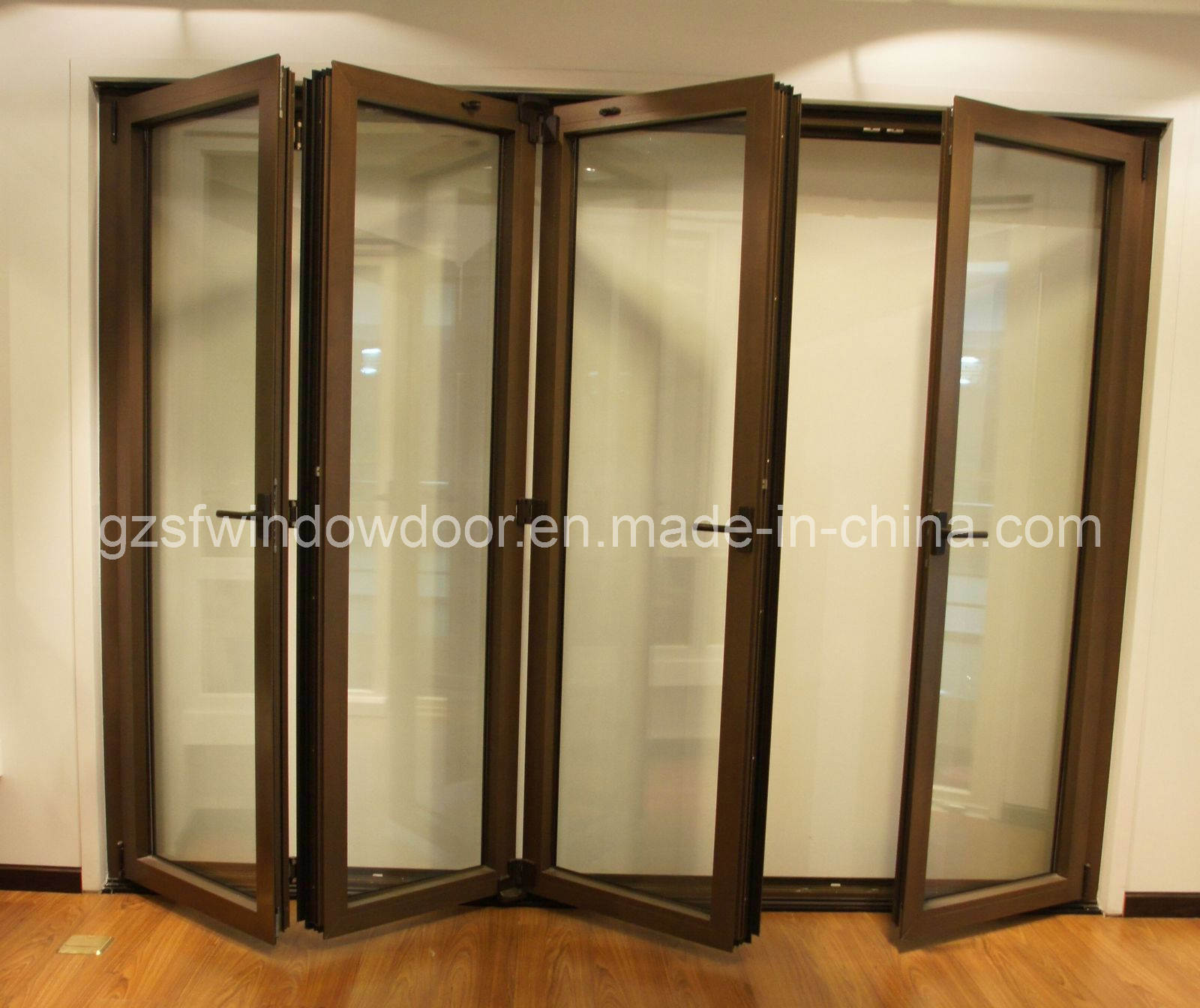 China aluminum folding doors sfad011 china aluminum for Folding doors