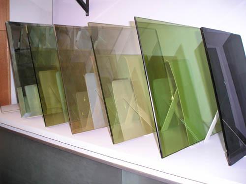 Dark Bronze Reflective Glass (RWREF)