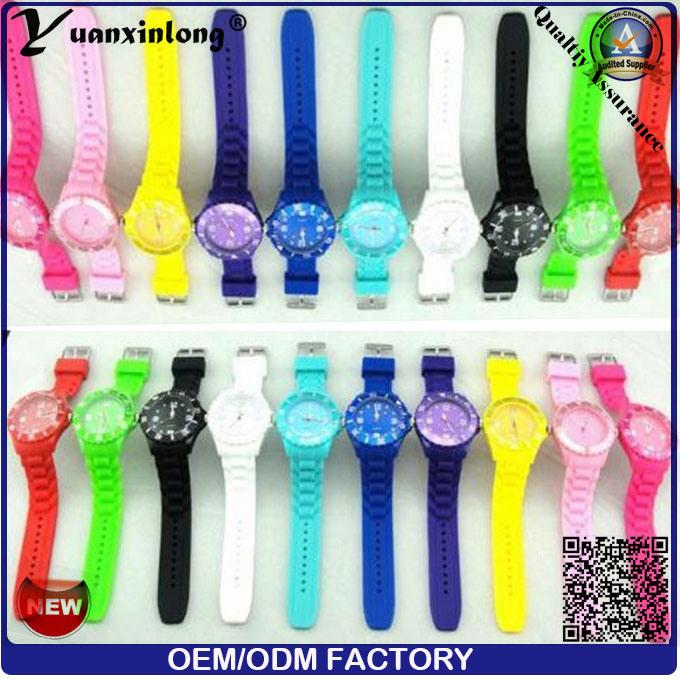 Yxl-822 Promotion Gift Watch Silicone Strap Japan Movement Quartz Watch Sr626sw