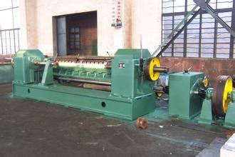 2.6 Meter Numerical Face Veneer Peeler Machine One Roller Motor Power 7.5kw