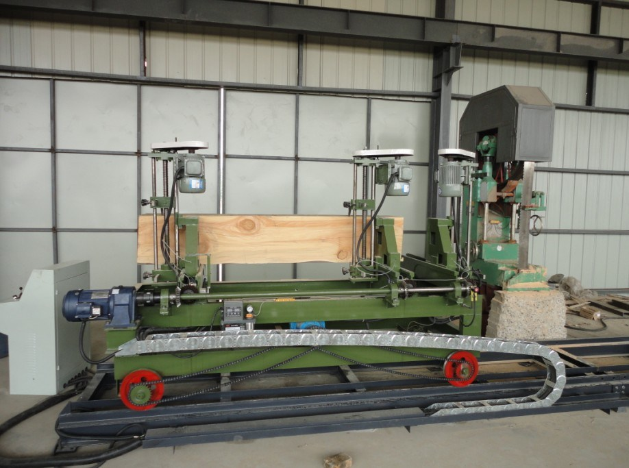 Vertical Band Saw Machine with CNC Log Carriage (MJ328+PCQZ25-06S)