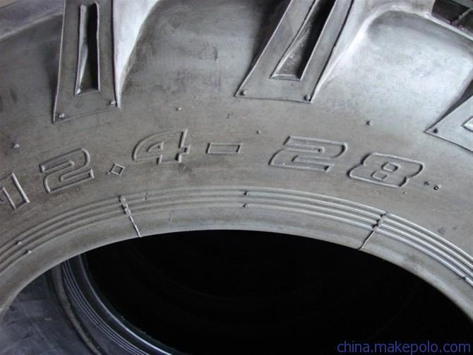 China Factory Supply 12.4-24, 12.4-28 Farm Tyre