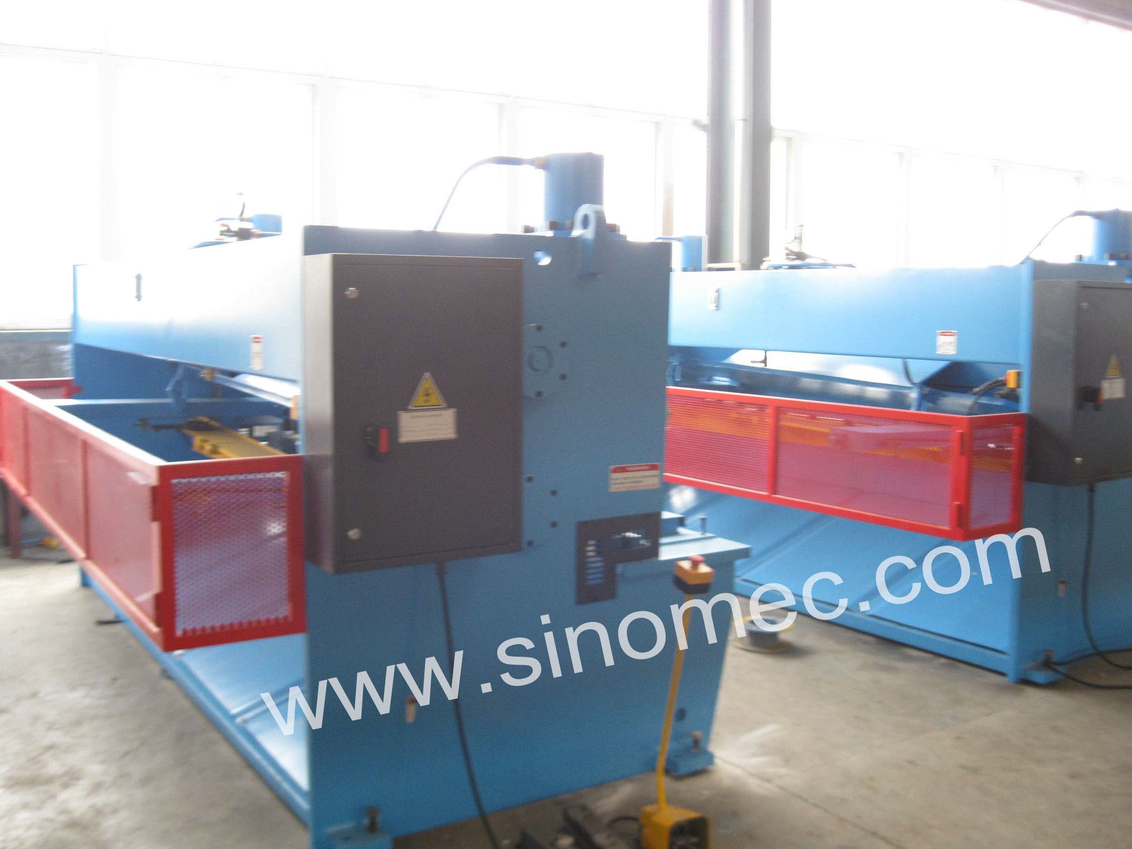 Cutting Machine Guillotine Shear Machine Hydraulic Shear Machine (QC11Y-8X4000)