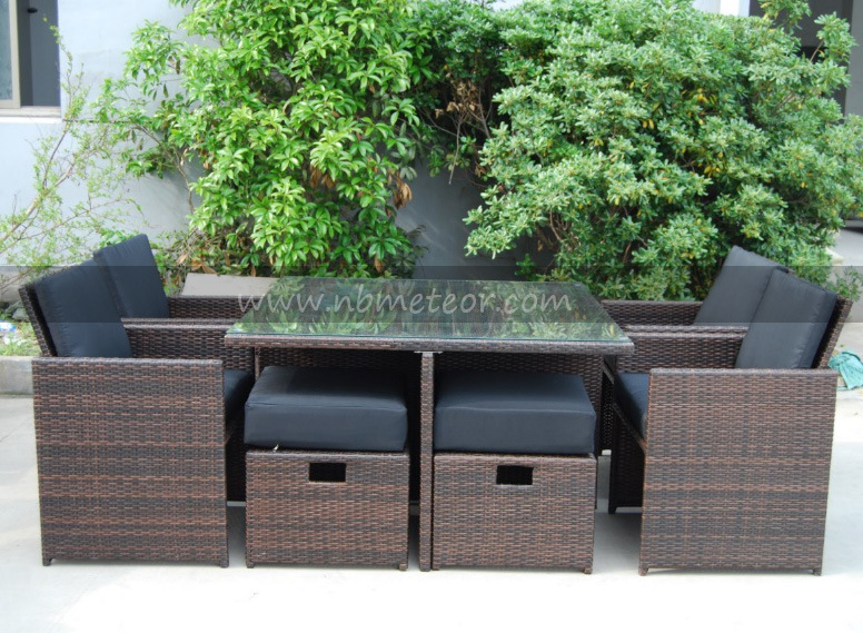 Mtc-017-4 Outdoor Rattan Dining Set Furniture with Footstool