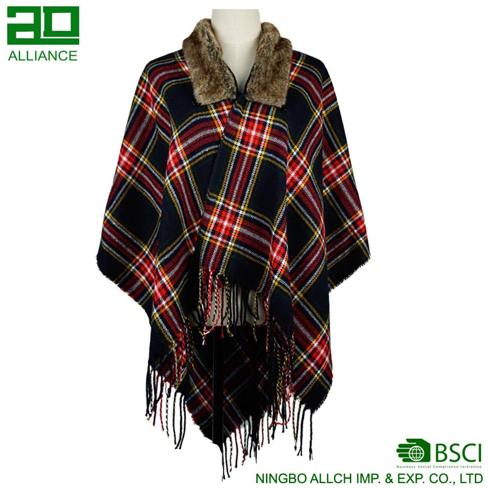 Checked Shawls with Fur Women′s Fashion Shawl