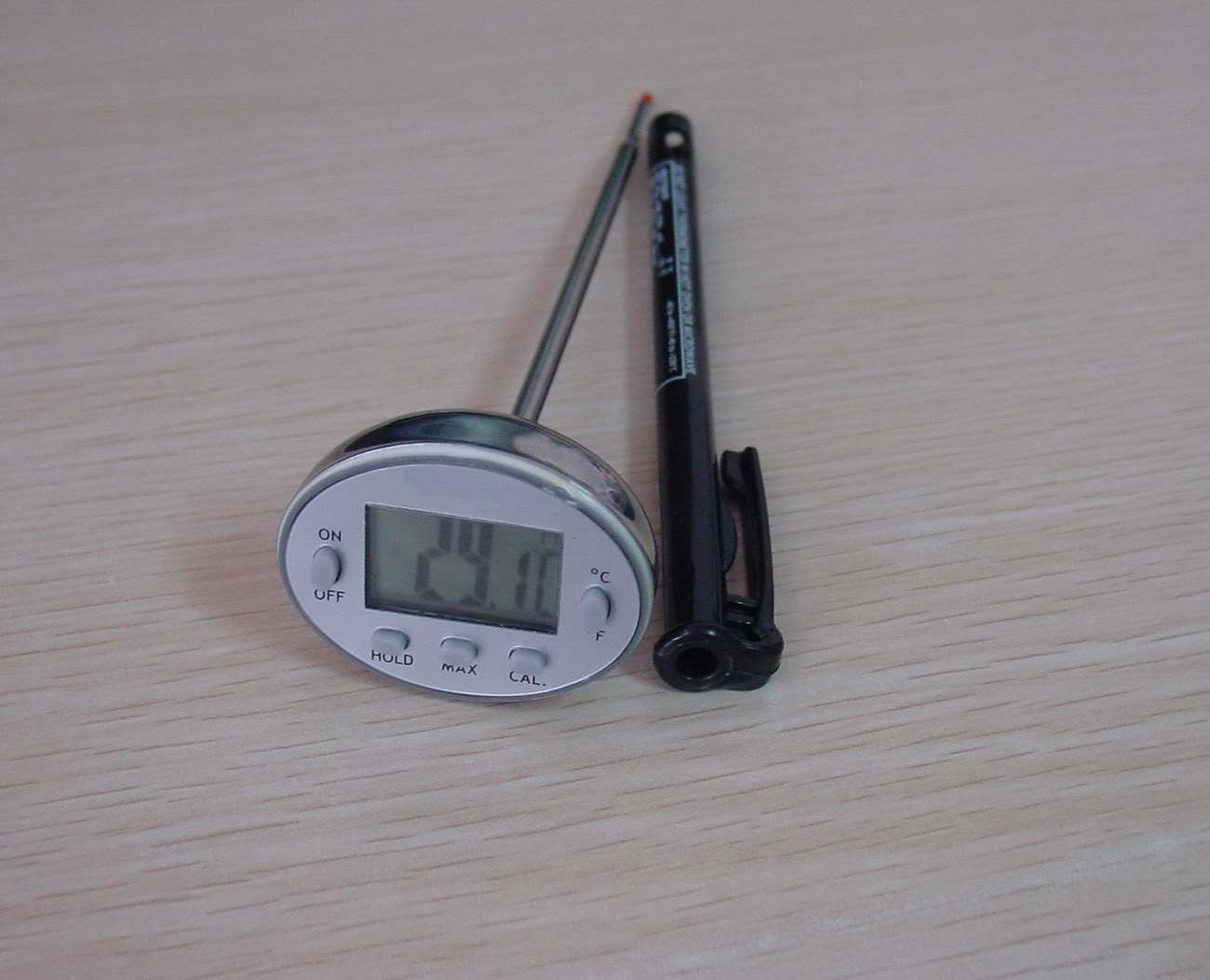 Digital Precision Thermometer with Cook (AMT-121)