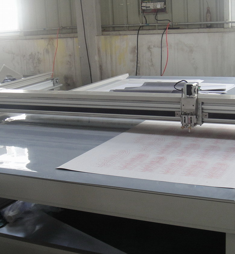 Acrylic Cutting Plotter