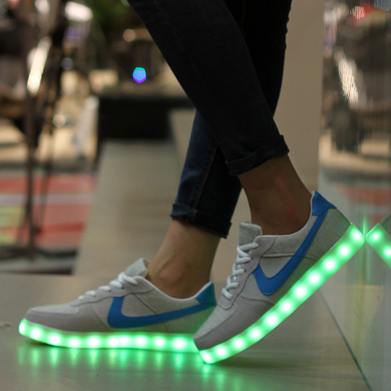 New Style Popular Unisex LED Light Sport Shoes Glow Running LED Shoes