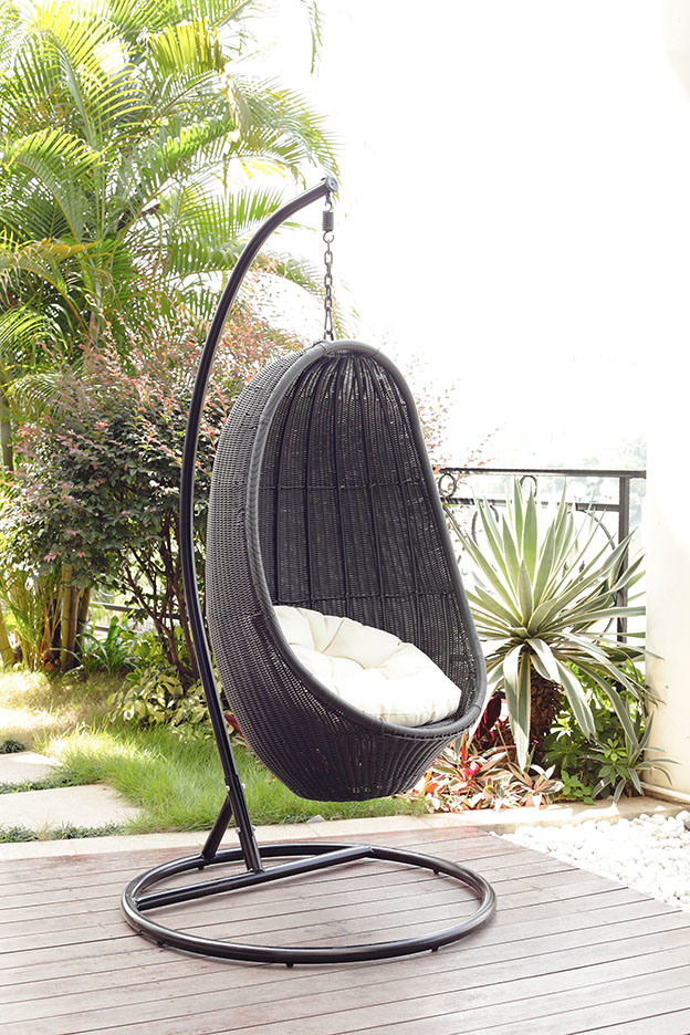 outdoor wicker swing chair home design inside. Black Bedroom Furniture Sets. Home Design Ideas